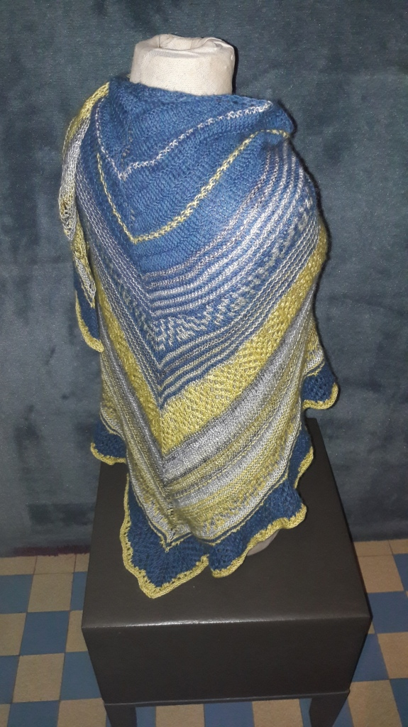 Laurel mists shawl van Tabetha Hedrick